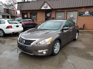 2013 Nissan Altima 2.5 S IN MINT CONDITION