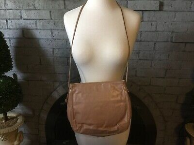 1980's Vintage CHAMPAGNE/BEIGE Leather Handbag