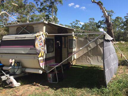 1985 Viscount Poptop Caravan Wright Molonglo Valley Preview