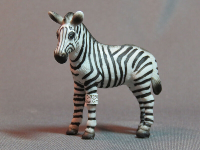 Schleich Zebra Foal RETIRED 14146 NEW ah