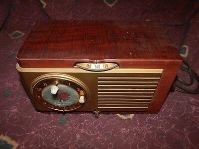 Vintage General Electric Modelo 521F Baquelita Tubo Am Radio Obras Mundial segunda mano  Embacar hacia Spain