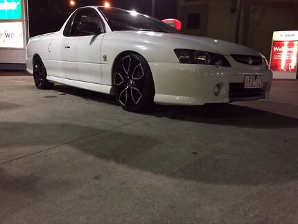 VY S manual commodore ute 2003  Glenroy Moreland Area Preview