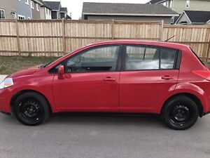 2012 Nissan Versa hatchback comes with winter tires