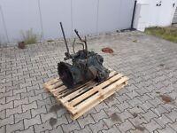 Unimog 406 mittleres Getriebe inkl. Zapfwellenantrieb Nordrhein-Westfalen - Dorsten Vorschau