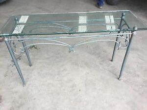 Table,hall/entrance glass top coppereffect Dingley Village Kingston Area Preview