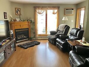 Condo priced to sell!