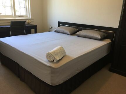 LUXURIOUS FULLY FURNISHED MASTER BEDROOM IN MOSMAN- ALL BILLS INC