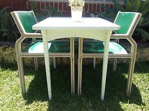 3 piece bistro setting available Wembley Cambridge Area Preview