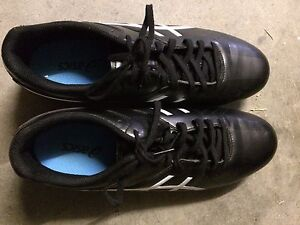 ASIC lethal speed footy boots Hamilton Newcastle Area Preview