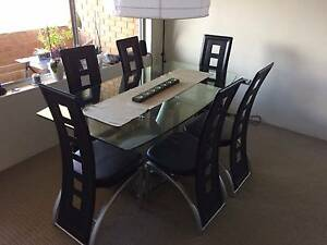 Dinning table Willoughby Willoughby Area Preview