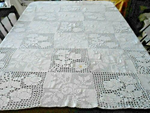 SNOW WHITE HAND CROCHET LACE TABLECLOTH, CIRCA1930