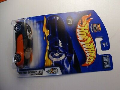 Hot Wheels 2003 First Editions Bugatti Veyron 18/42 Black/Red Collector #30
