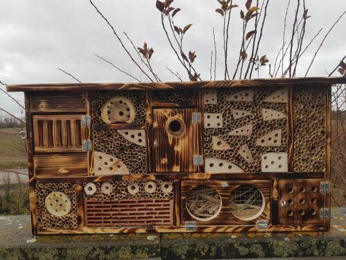 Insektenhotel mit Vogelhaus ,  Bienenhaus