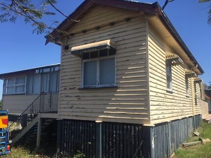 FREE HOUSE Petrie Pine Rivers Area Preview