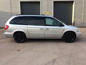 2004 CHRYSLER GRAND VOYAGER CRD LX 2.5 DIESEL**7 SEATS**LEATHER**PRIVACY**BARGAI