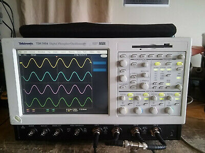 Tektronix Tds7054 500mhz 5gss Oscilloscope Dso With 16gb Ssd Drive. Opt 3m
