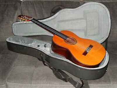 HAND MADE IN 1999 BY ALBERTO CANTO - SIMPLY WONDERFUL CLASSICAL CONCERT GUITAR
