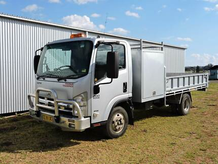 2009 Isuzu NPR200 Tipper Truck South Tamworth Tamworth City Preview