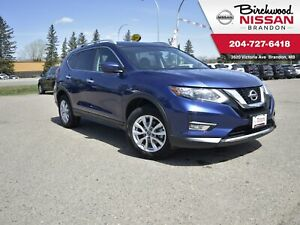 2017 Nissan Rogue SV AWD/Backup Cam/Heated Seats/Remote Start