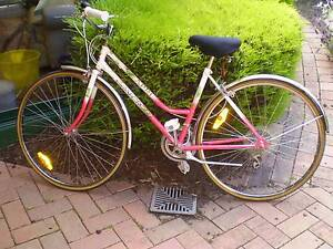 Retro ladies Bicycle. 10 speed gears in really good condition West Launceston Launceston Area Preview
