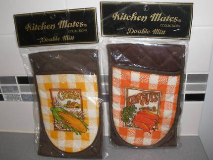 Kitchen Mates Collections Double Mitts-UNUSED