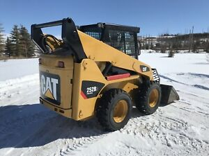 2011 CAT 252B3 - 2-SPEED - MINT !!!
