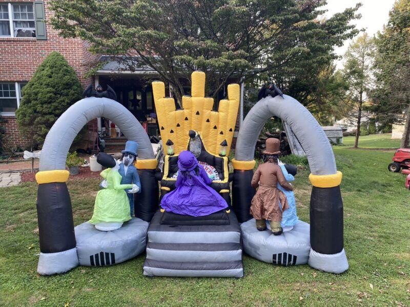 11 Feet Long Zombie Organ Player Scene Halloween inflatable 354 Of 908