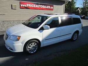 2013 Chrysler Town & Country NAVIGATION - DUAL TV/DVD - LOADED!!