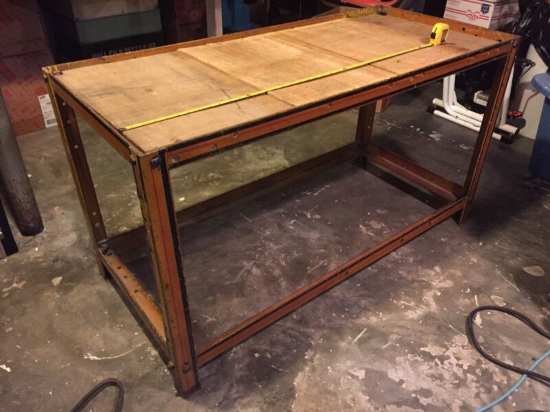 INDUSTRIAL METAL SHELVING/MECHANIC SHOP/VINTAGE/TV STAND COFFEE TABLE STEAM PUNK