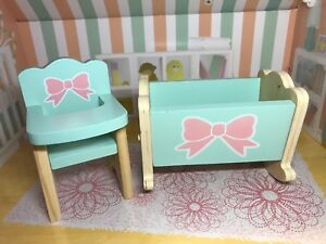 Barbie dollhouse, 1/6 baby crib and high chair