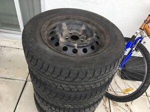 Corolla 2013( winter tires with rim)