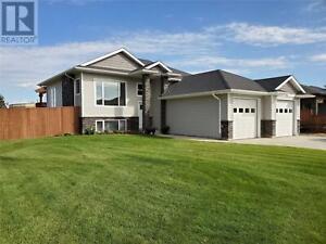601 Selkirk ST Outlook, Saskatchewan