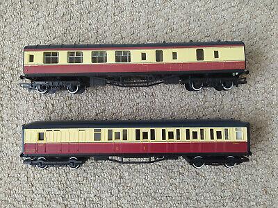 "Hornby Red & Cream 00 Gauge Sleeping Coach R448 ""E10066"" and Brake Car M26546"