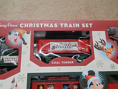 DISNEY PARKS CHRISTMAS RAILROAD TRAIN SET NEW IN BOX REMOTE CONTROL HOLIDAY