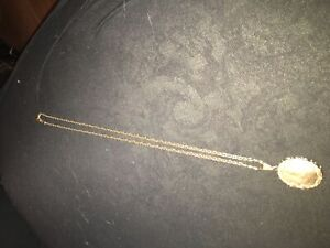 """24"""" 14k gold necklace with locket"""