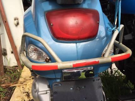 Rear protection bar Vespa 150c  scratching condition as you  see
