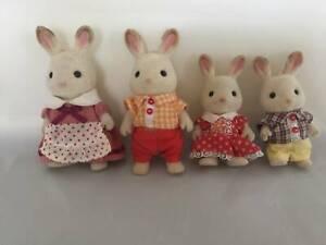 Sylvanian Families - rabbit family