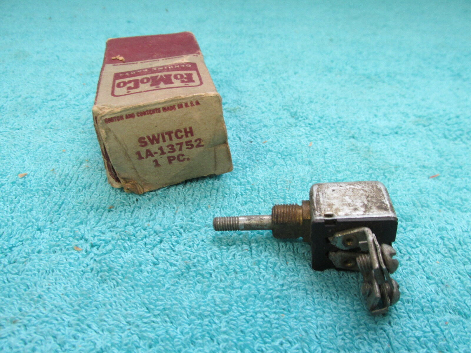 1951-54 FORD INTERIOR LIGHT SWITCH  NOS FORD  218