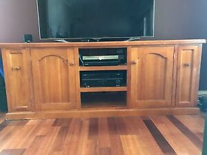 Wooden TV Unit Kingswood Penrith Area Preview