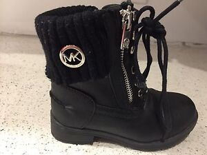 Michael Kors Boots size 9 toddler