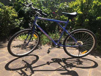 blue Radius bicycle Gilles Plains Port Adelaide Area Preview