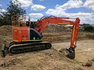 Hitachi 13 ton Excavator hire Brisbane Brisbane City Brisbane North West Preview