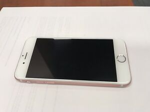 iPhone 6S - 64GB Rose Gold (no trades)