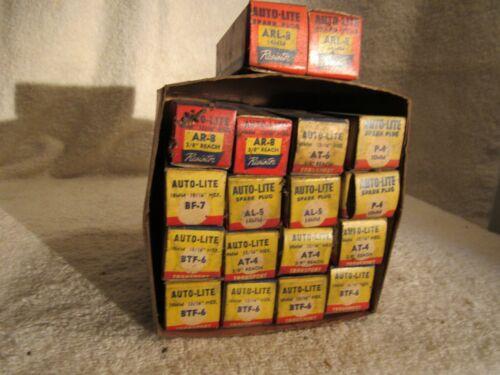 Vintage Auto Lite Misc. Spark Plugs 18 Loose NOS   #7