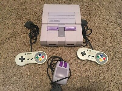 SUPER NINTENDO CONSOLE Tested / WorkingTwo SFamicom Controlers and 1 SNES Mouse!
