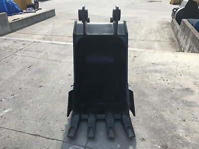 New 30 Link-belt 225lx Excavator Bucket W Coupler Pin