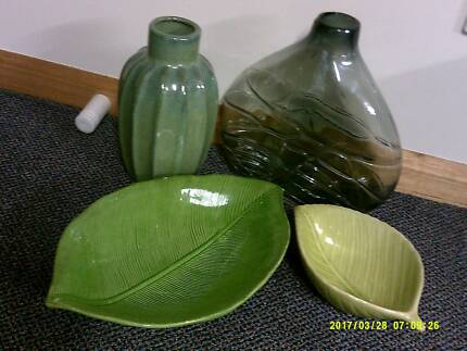 vases and plates $5 the lot