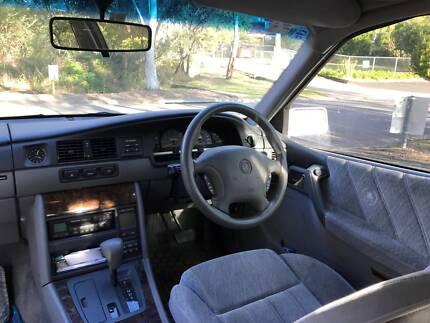 1998 Holden Statesman Sedan