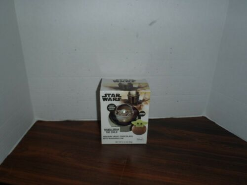 Star Wars The Mandalorian Holiday Chocolate Ball w/Surprise The Child Yoda New