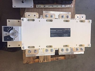 Socomec 2000a 1000vdc 4 Pole 27dc4201 Dc Disconnect Switch Never Used W Bracket